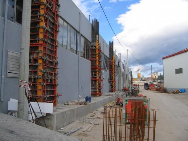 Ενισχύσεις κτιρίων Καλούπωμα υποστυλωμάτων με μεταλλότυπο Peri