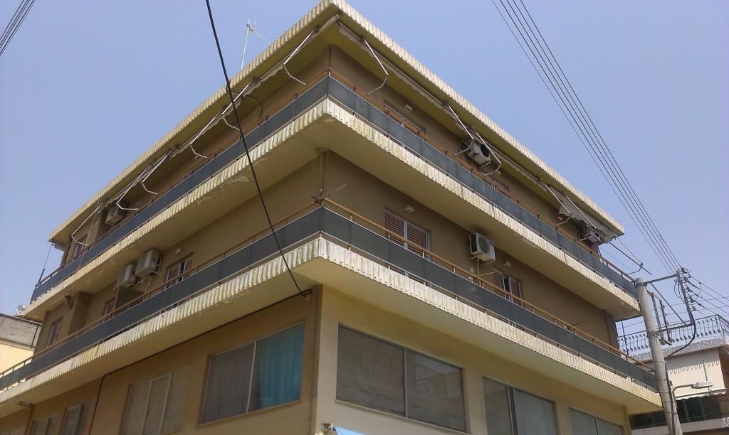 Επισκευή μπαλκονιών σε πολυκατοικία στο Αιγάλεω
