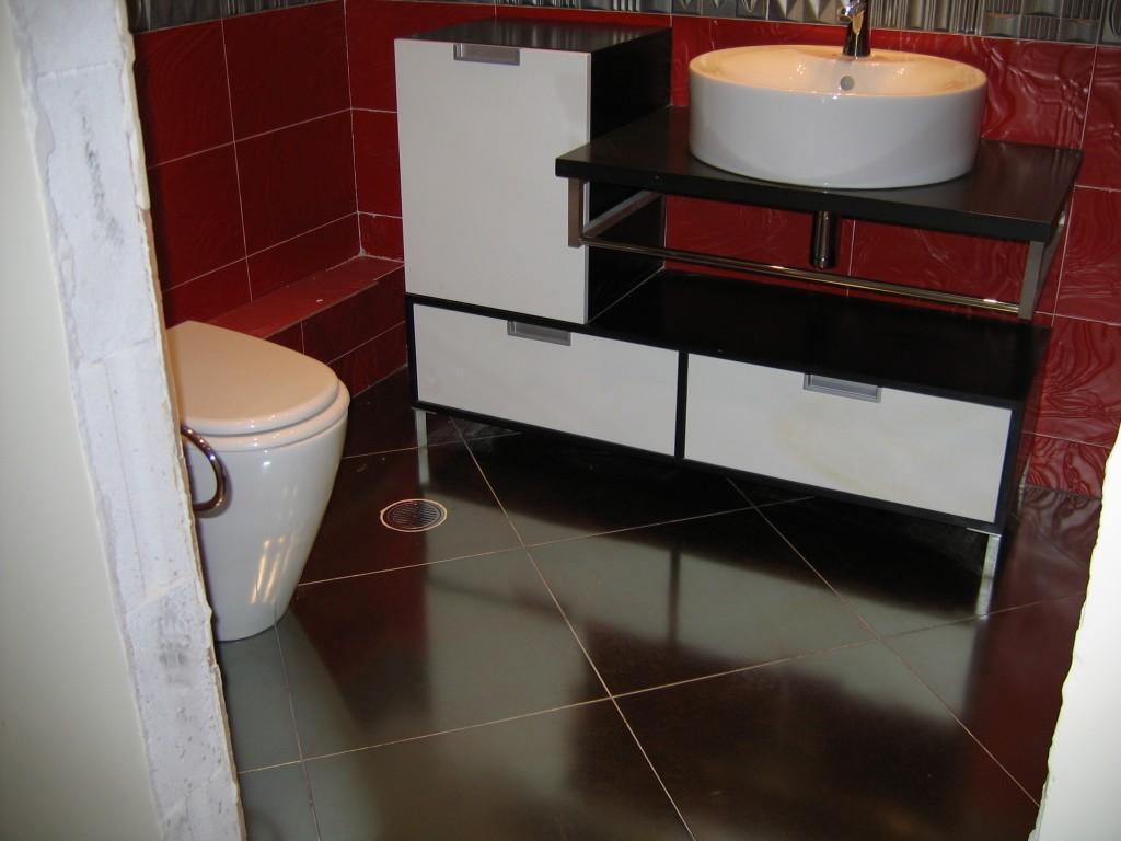 Ανακαίνιση μπάνιου έπιπλο μπάνιου