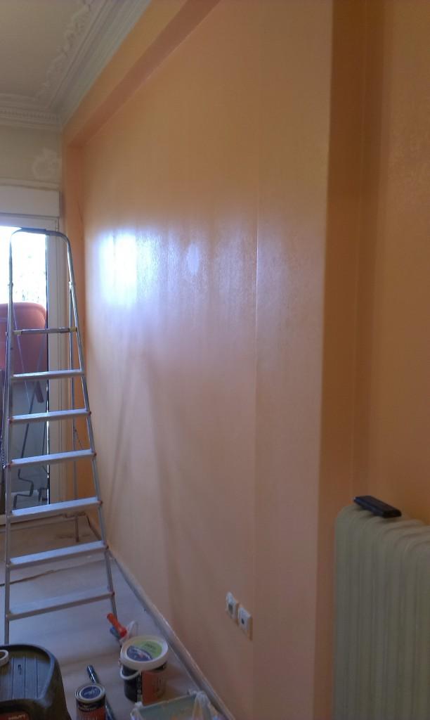 ανακαίνιση κατοικίας βάψιμο δωματίου