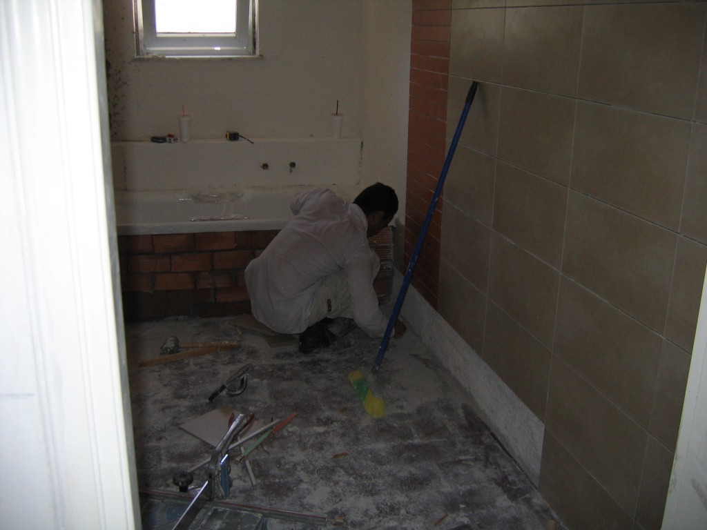 Ανακαίνιση μπάνιου χτίσιμο μπανιέρας