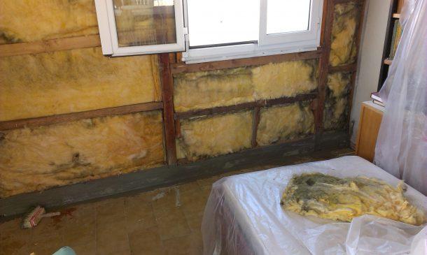 επισκευή τοίχου με ξύλινο σκελετό