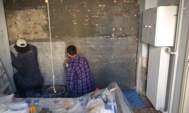 Στεγάνωση τοίχου από τούβλα