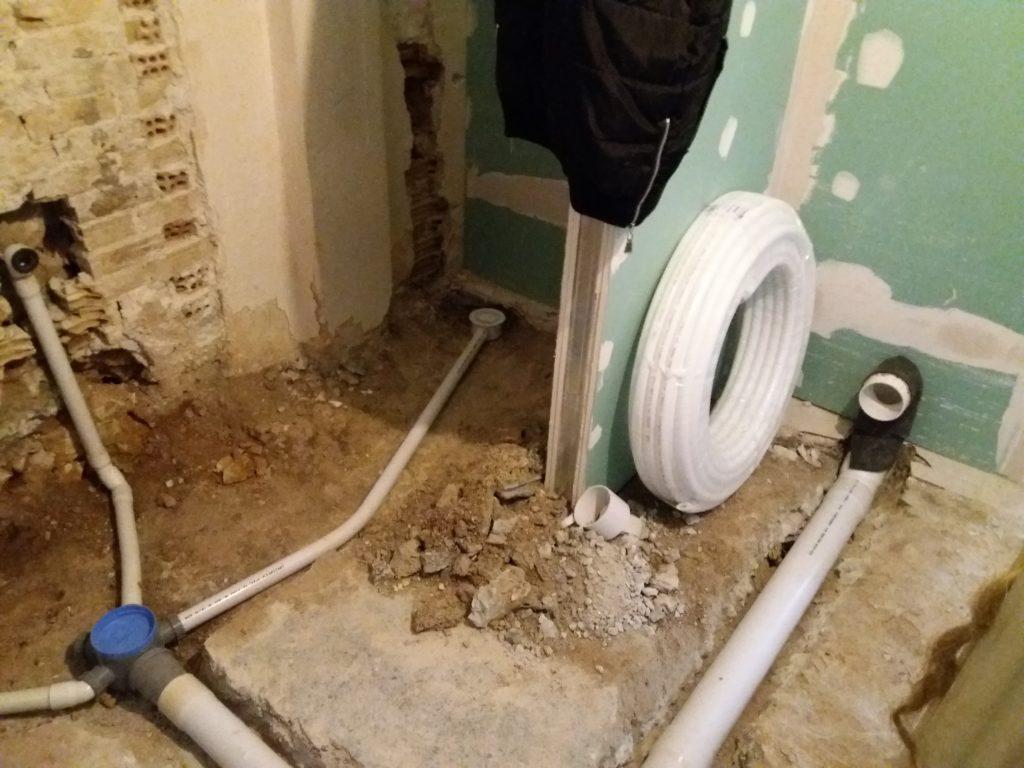 ανακαίνιση παλαιάς κατοικίας νέο δίκτυο αποχέτευσης