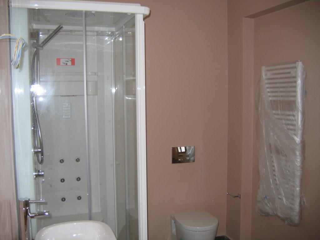 τεχνοτροπία τοίχων σε μπάνιο