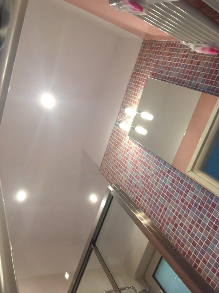 τοποθέτηση γυψοσανίδας σε οροφή μπάνιου